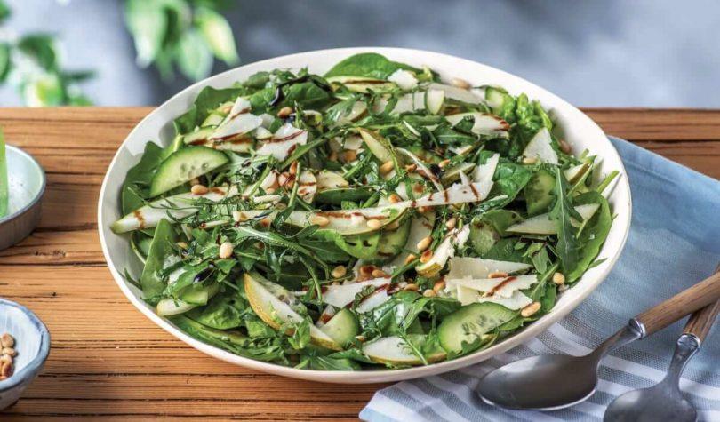 Ara Öğünleri Şenlendirecek Armutlu Roka Salatası Tarifi