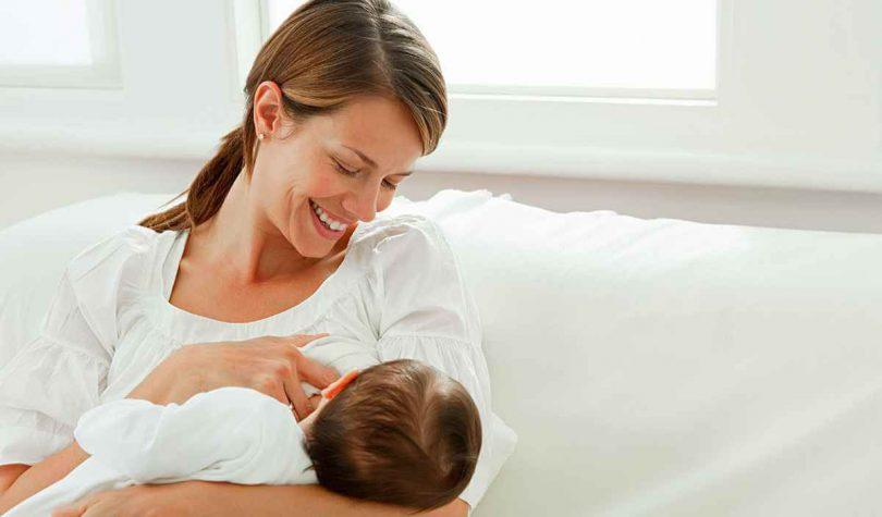 Doğum Sonrası Emziren Anne Diyeti Nasıl Yapılır?