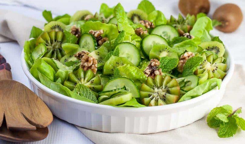 Hafif Ekşili Yeşil Salata Tarifi Nasıl Yapılır?