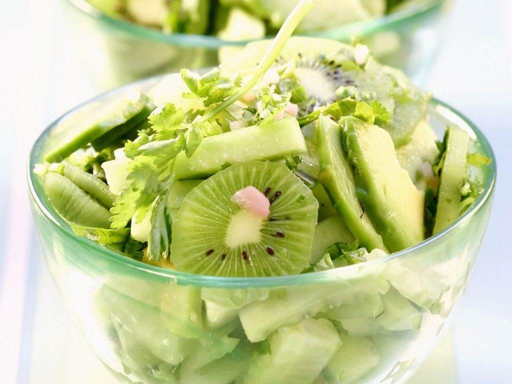 hafif ekşili yeşil salata