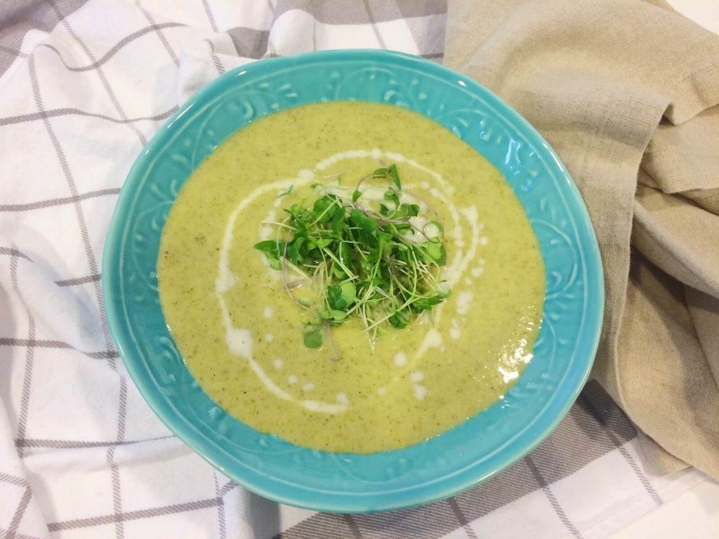diyet yeşil detoks çorbası