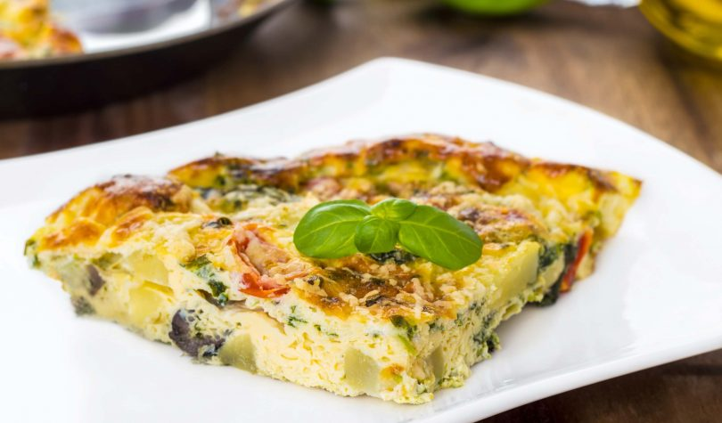 Fırında Sebzeli Omlet Tarifi Nasıl Yapılır?