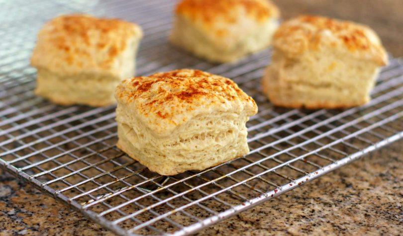 Bisküvi Ekmek Tarifi Nasıl Yapılır?
