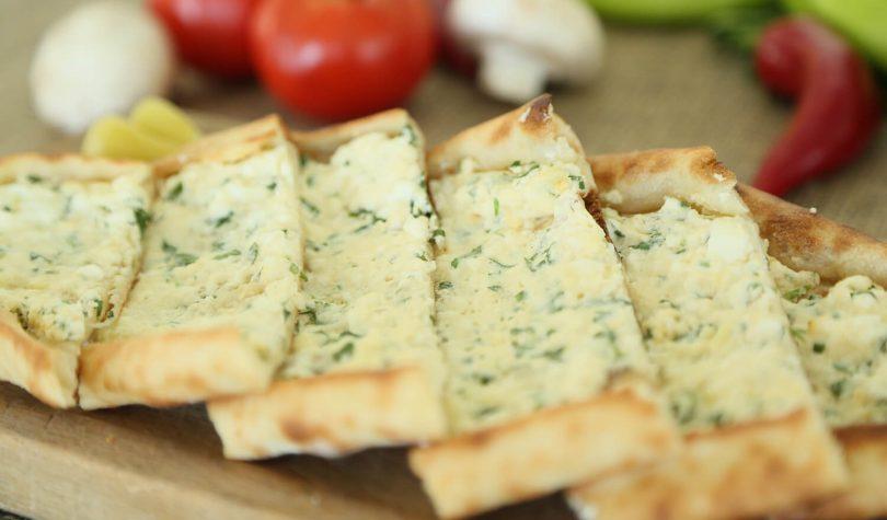 Peynirli Biberli Diyet Pide Tarifi Nasıl Yapılır?