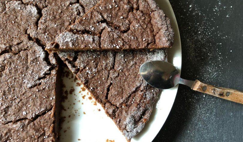 Nohutlu Çikolatalı Fit Kek Tarifi Nasıl Yapılır?